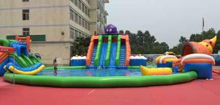 Large size inflatable slide with swimming pool for kids